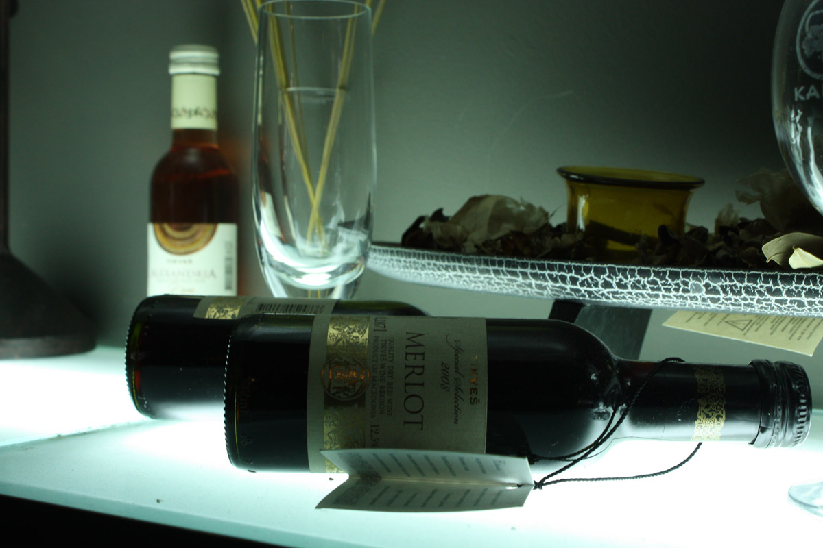 A bottle of wine Merlot