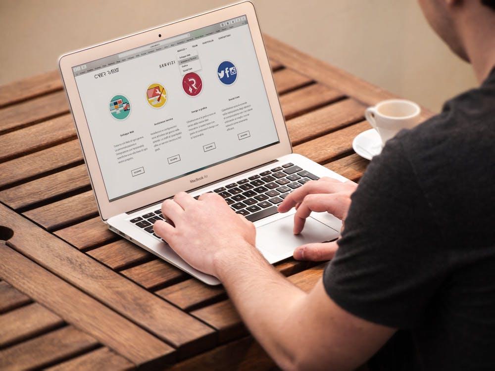 overwhelming website navigation
