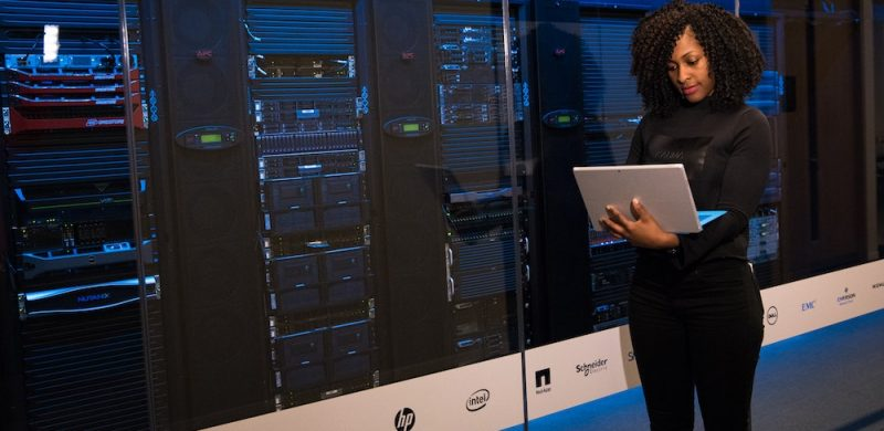 How to Know if You Need a Dedicated Server for Your eCommerce Site