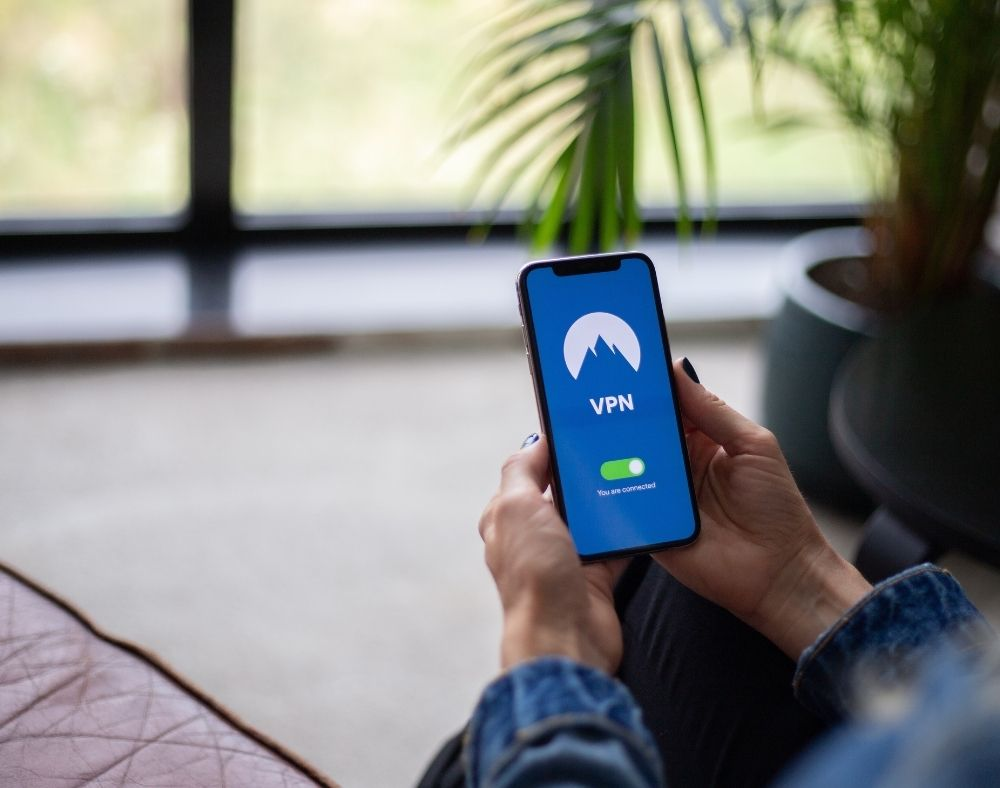 benefits of using a vpn on your iphone
